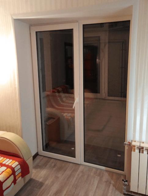 Балконні двері, Харків