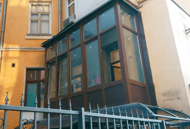 Остекление балконов, Буча