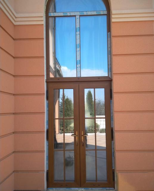 Двери в коттедж, Харьков
