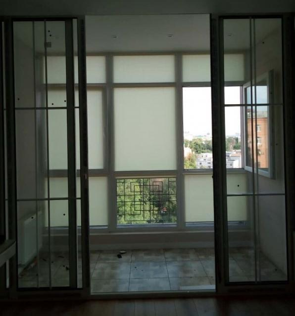 Выход на балкон, раздвижная перегородка