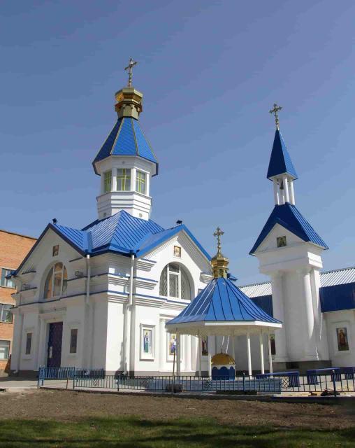 Остекление церкви, Полтава