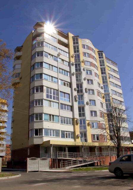 Остекление жилого дома, Полтава